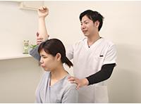 姫路坂口鍼灸整骨院・整体院 花田院の検査風景